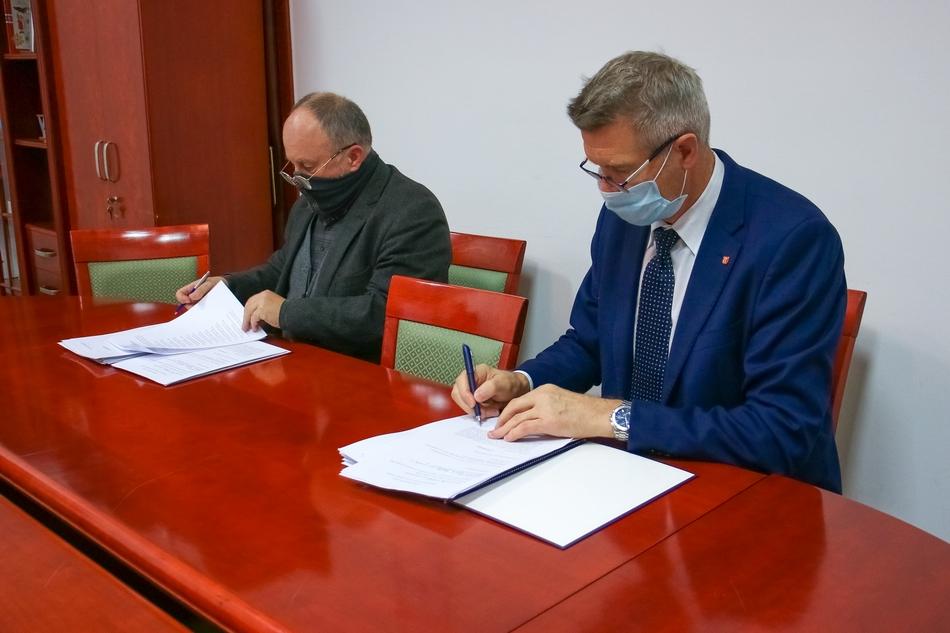 Umowa podpisana. Miasto Kielce zostało 100% akcjonariuszem spółki Korona S.A.