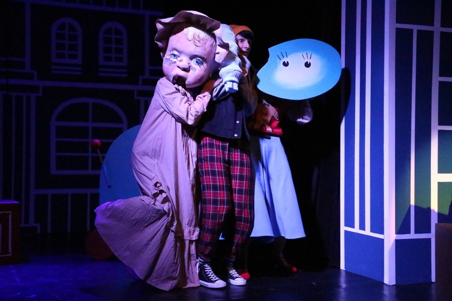 """Premiera w Teatrze """"Kubuś"""". Tym razem o starciu tradycyjnych zabawek z rozrywką cyfrową"""