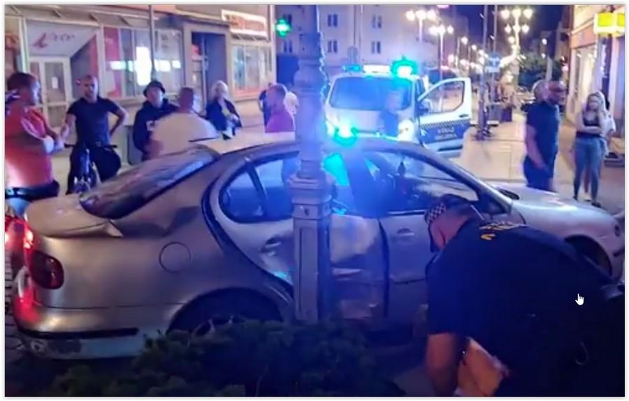 Pijany kierowca uderzył w latarnie na Sienkiewicza