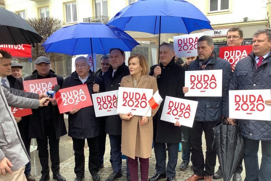 Ruszyła zbiórka podpisów poparcia dla Andrzeja Dudy