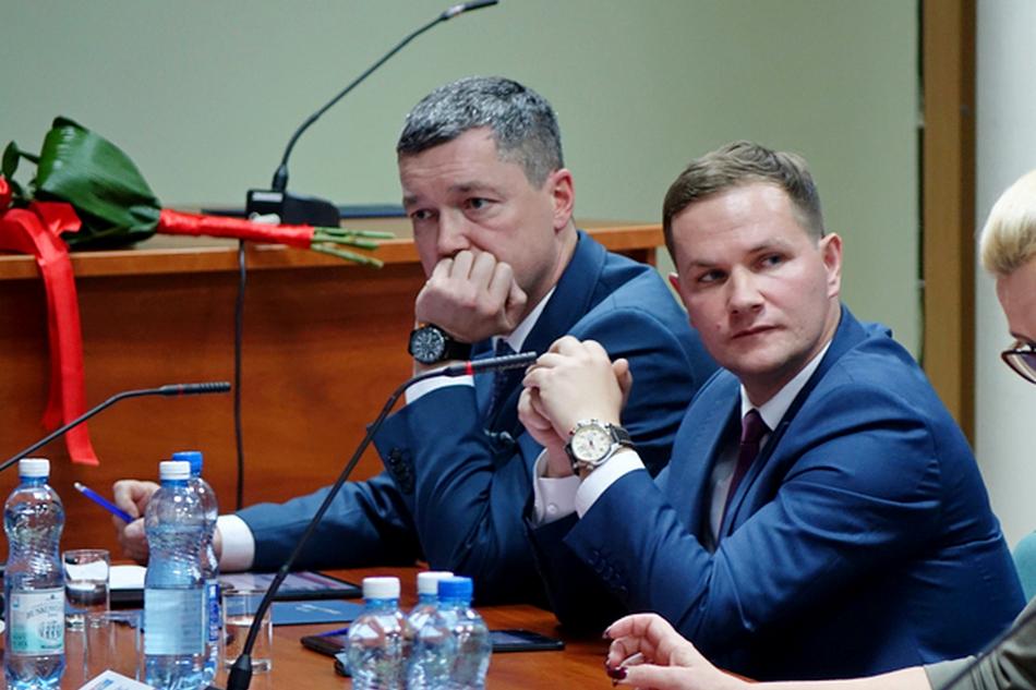 Mieszkańcy skarżą się na wójta z Nowin. Chodzi o nielegalnie wypłacone pieniądze