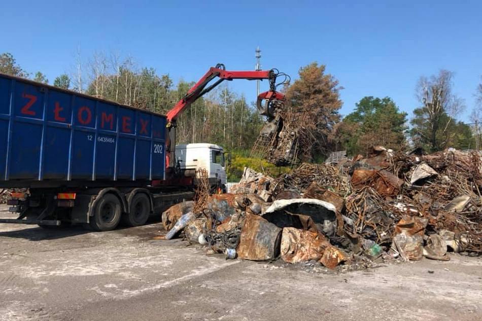 Trwa sprzątanie pogorzeliska w Nowinach