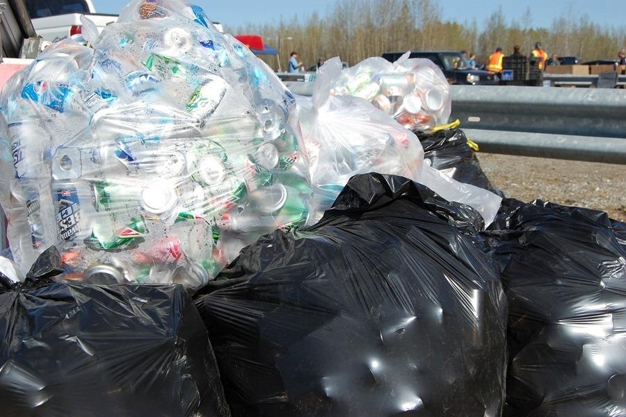 Powraca problem ze śmieciami. Wojewoda unieważnił zarządzenie prezydenta Kielc