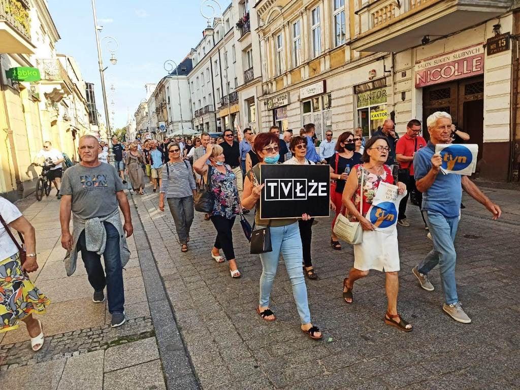 Przez Kielce przeszła manifestacja w obronie TVN