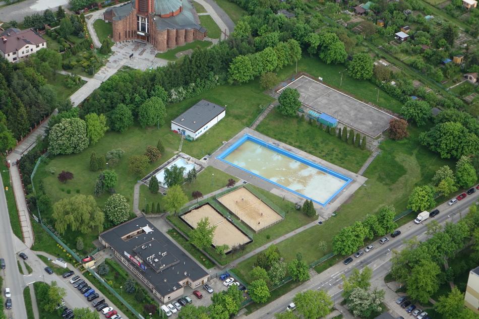 Rusza basen letni na Szczecińskiej. W sobotę bezpłatny wstęp