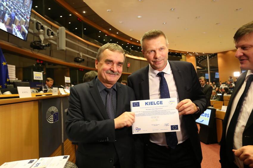 Bogdan Wenta na prezydenta? Kompromitujący wywiad kandydata na włodarza Kielc (WIDEO)