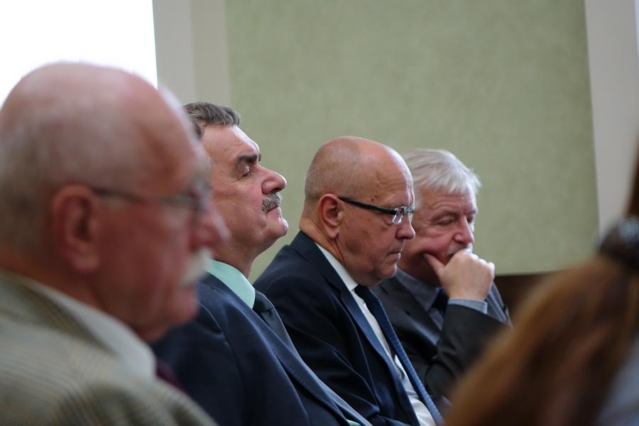 Prezydent Kielc z absolutorium, ale nie brakowało słów krytyki (WIDEO)