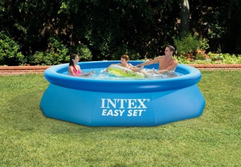 Dlaczego warto zainwestować w basen ogrodowy?