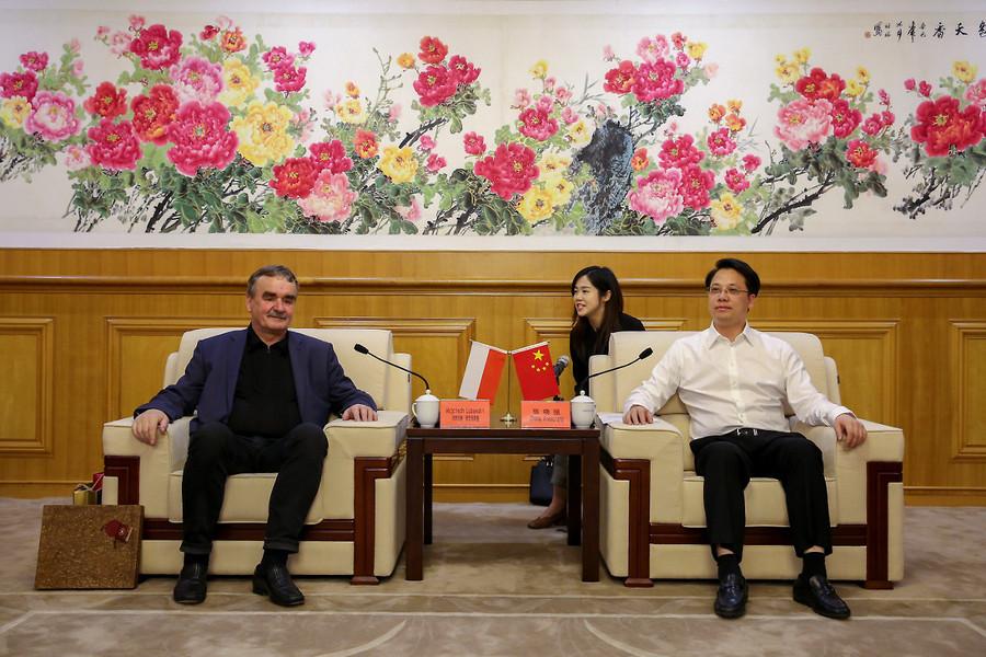 Prezydent Lubawski wrócił z Chin. Brał udział w targach robotyki i sztucznej inteligencji