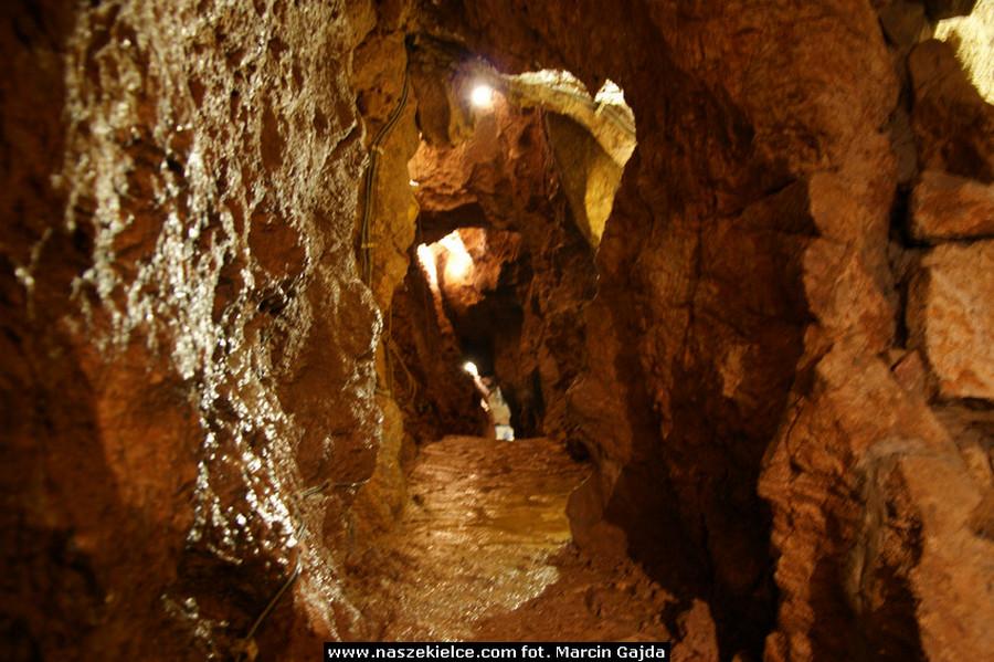 Można zwiedzać jaskinie na Kadzielni