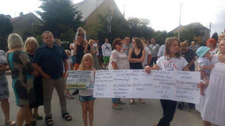 Mieszkańcy protestują przeciwko niebezpiecznym odpadom. Prezydent zablokuje instalacje?