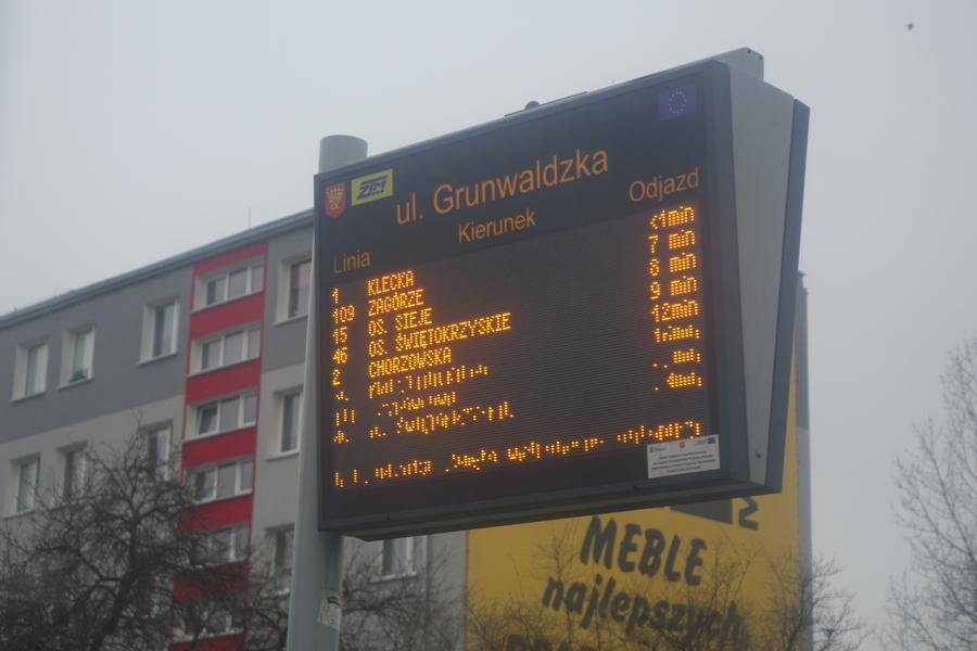 Nowe tablice na kieleckich przystankach autobusowych