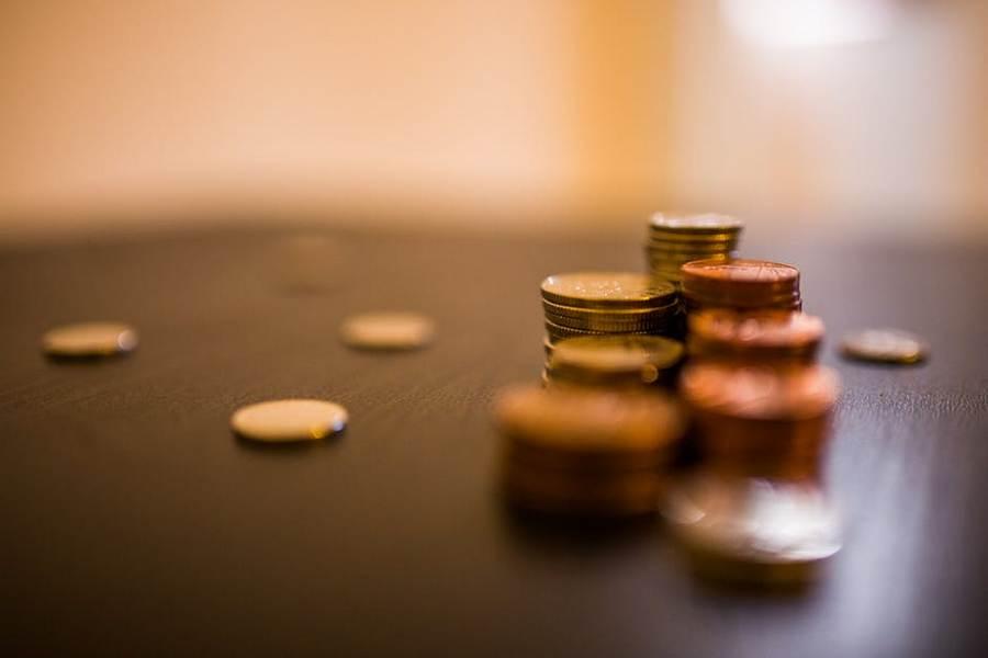 Weź pożyczkę przez Internet na konto i wygraj walkę z długiem