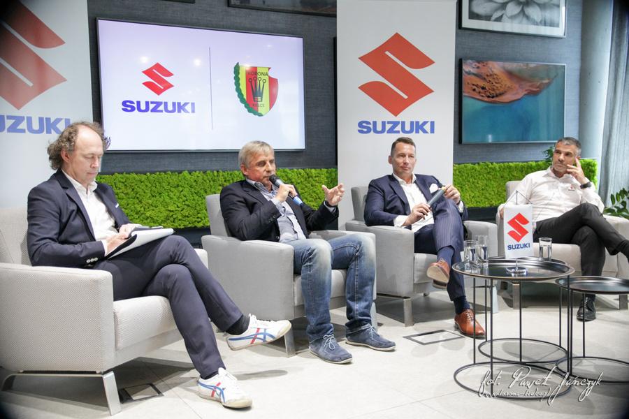 Suzuki Arena, nowa flota samochodów i wsparcie finansowe. Korona podpisała umowę z producentem samochodów