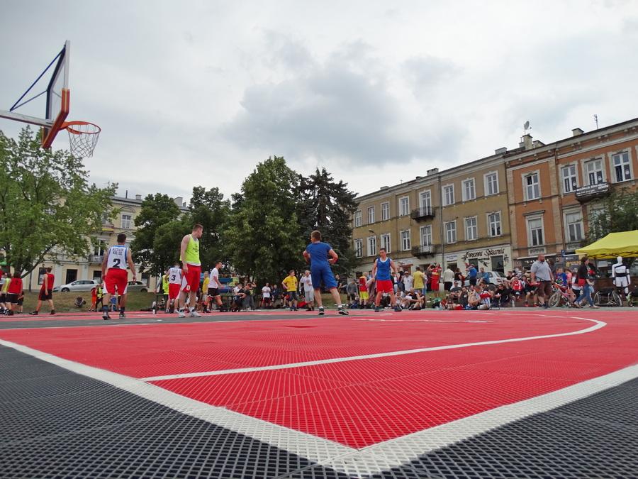 Tydzień z koszykówką w Kielcach