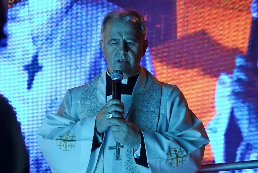 Biskup Kielecki przeprasza ofiary księży pedofilów