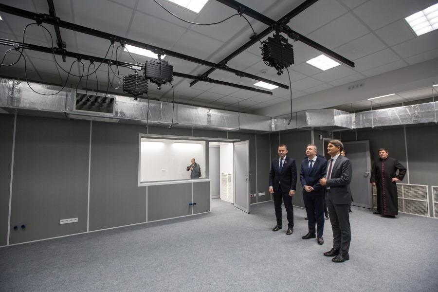 Studio telewizyjne i nowe sale wykładowe. Inwestycja UJK zakończona