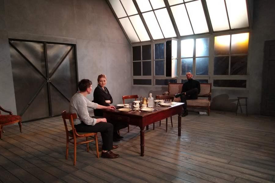 Nowy spektakl w Teatrze Żeromskiego. Tym razem wystawią sztukę norweskiego twórcy