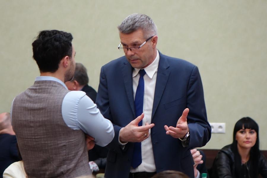 Radny nokautuje prezydenta Kielc w sprawie programu wyborczego