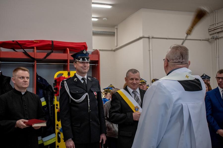 Konflikt wójta ze strażakami z gminy. W tle policja i sąd