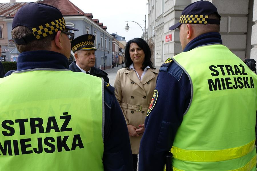 Koniec pobłażania w centrum Kielc. Straż Miejska przyłożyła się do kontroli ruchu