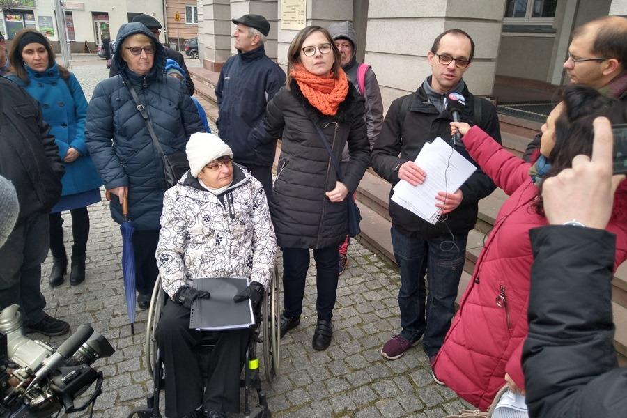 """W Kielcach nie będzie pełnomocnika niepełnosprawnych? """"Jesteśmy zdruzgotani"""""""