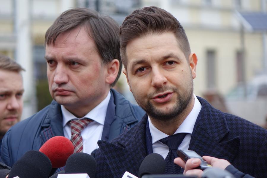 Patryk Jaki prosi o głosy mieszkańców świętokrzyskiego (WIDEO)