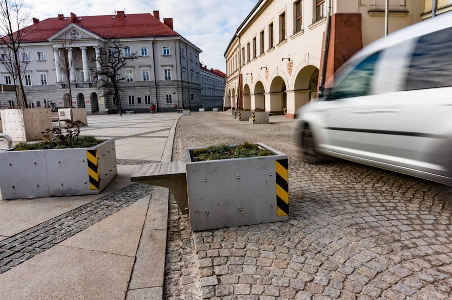 Przez Rynek już nie przejedziemy. Od poniedziałku nowa organizacja ruchu w centrum Kielc