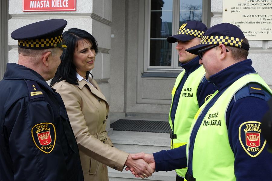 Nowa komendant chce zmienić negatywny wizerunek Straży Miejskiej w Kielcach (WIDEO)