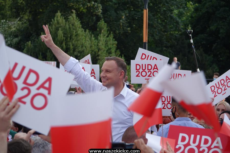 Andrzej Duda wygrał pierwszą turę wyborów