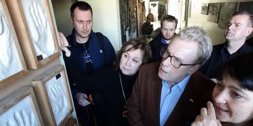 kielce wiadomości Daniel Olbrychski odwiedził kieleckiego Plastyka (ZDJĘCIA)