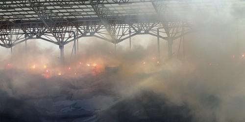 kielce wiadomości Kielczanin wniósł race na stadion Korony. Grozi mu 5 lat więzienia