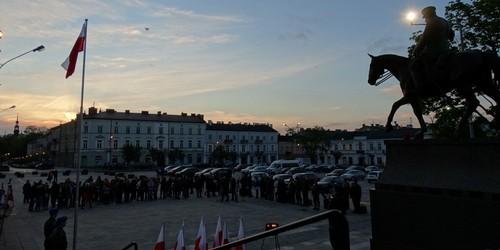 kielce wiadomości Kielczanie uczcili rocznicę śmierci marszałka Piłsudskiego (ZD