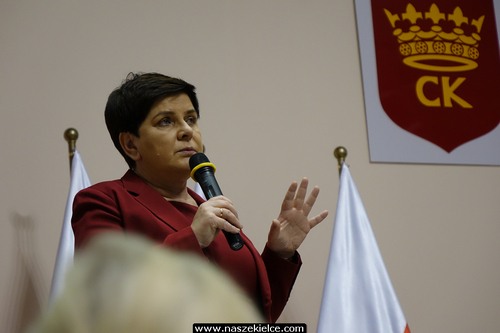 kielce wiadomości 500 Plus na każde dziecko. Wicepremier Beata Szydło przedstawiła w Kielcach rozszerzenie rządowego programu (ZDJĘCIA,WIDEO)