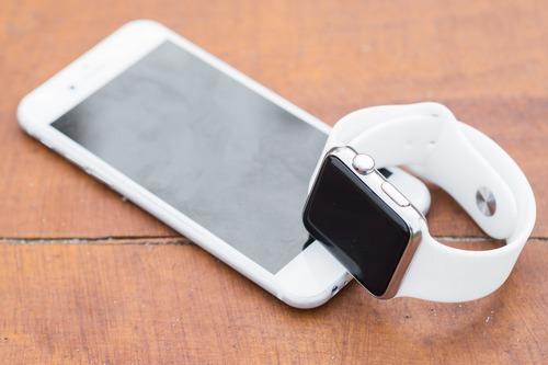 kielce wiadomości Co może smartwatch? Wiele możliwości w niewielkim urządzeniu