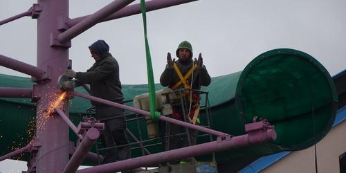 kielce wiadomości Trwa demontaż rury w Nowinach (ZDJĘCIA,WIDEO)