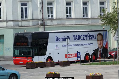 kielce wiadomości Poseł Tarczyński autobusem rozpoczął wyścig do Brukseli (ZDJĘCIA,WIDEO)