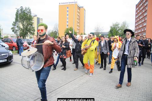 kielce wiadomości Święto żaków rozpoczęte! Teraz to oni rządzą w Kielcach (ZDJĘCIA,WIDEO)