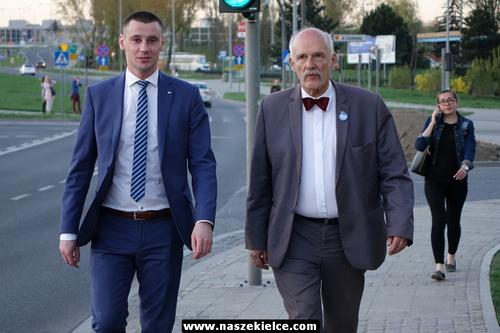kielce wiadomości Korwin odwiedził Kielce (ZDJĘCIA,WIDEO)