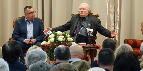 kielce wiadomości Lech Wałęsa odwiedził Kielce. Tłumy na spotkaniu w Binkowskim