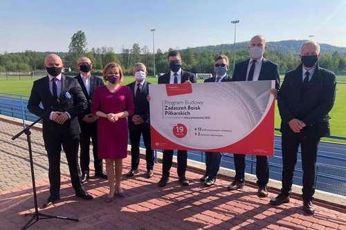 kielce wiadomości Ministerstwo Sportu wspiera świętokrzyską piłkę nożną