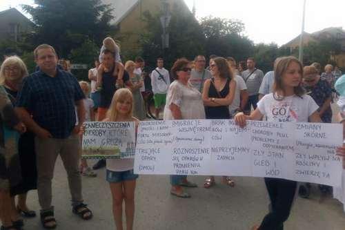 kielce wiadomości Mieszkańcy protestują przeciwko niebezpiecznym odpadom. Prezydent zablokuje inwestycję?