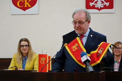 kielce wiadomości Kielce mają nowy herb! Radni zatwierdzili nowe insygnia władzy!