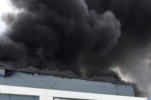 kielce wiadomości Płoną zakłady w Dębskiej Woli (ZDJĘCIA,WIDEO)