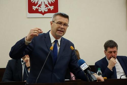 kielce wiadomości Bogdan Wenta utrudnia udział w wyborach? Prezydent Kielc odmówił przekazania danych Poczcie Polskiej