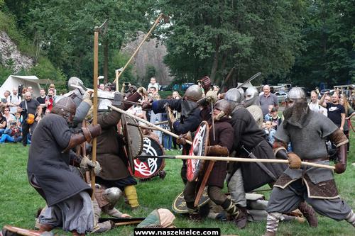 kielce wiadomości Jak wyglądało życie w średniowieczu? Pokazali to w Bobrzy (ZDJĘCIA,WIDEO)