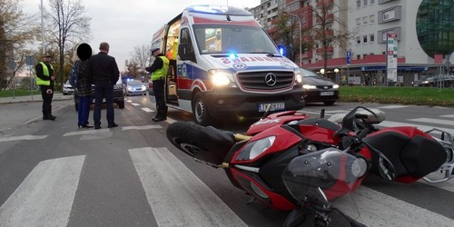 kielce wiadomości Nie ustąpił pierwszeństwa i uderzył w motocyklistę. Wypadek na Warszawskiej (ZDJĘCIA,WIDEO)