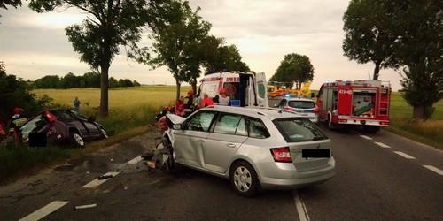 kielce wiadomości Groźny wypadek na trasie Kielce - Jędrzejów. Ranny zabrało pog