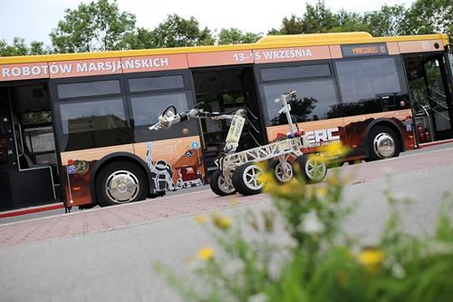 kielce wiadomości Marsobus jeździ ulicami Kielc. Promuje zawody łazików marsjańskich ERC