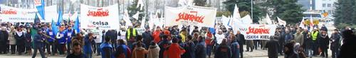 """kielce wiadomości Kolejna manifestacja pracowników """"Premy"""" - zdjęcia,video"""